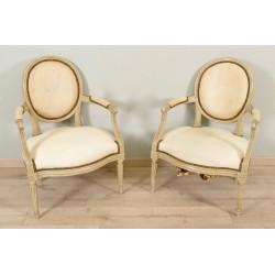 Paire de fauteuils peints époque Louis XVI