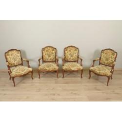 Quatre fauteuils style Louis XV